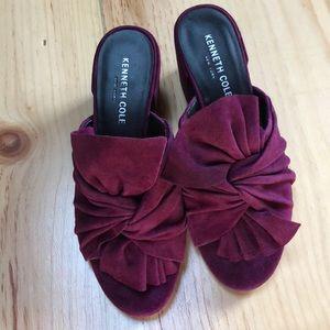 New Kenneth Cole Vali burgundy suede heels